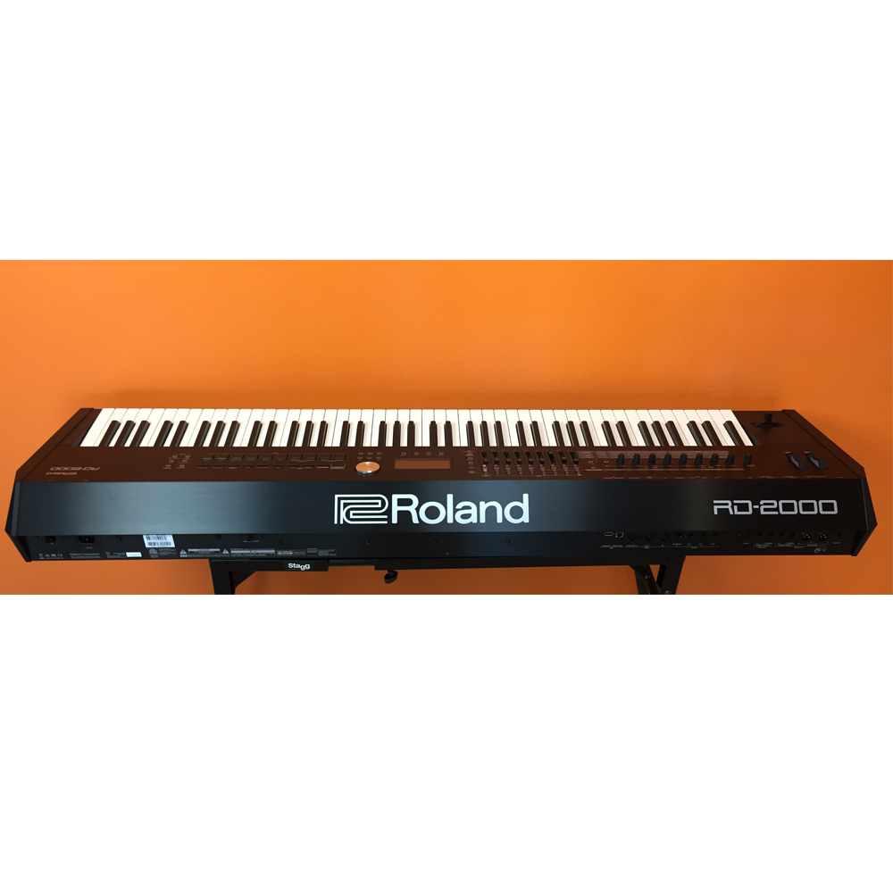 roland rd 2000 portable stage piano 88 weighted key mint condition blemished las vegas music. Black Bedroom Furniture Sets. Home Design Ideas